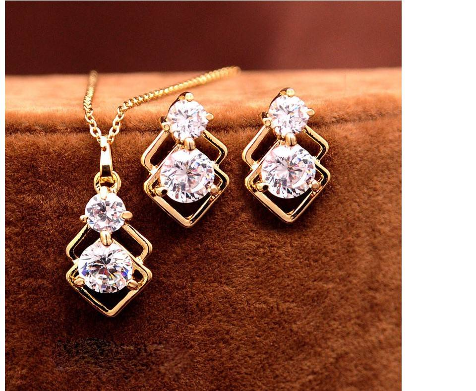 Women's Crystal Mosaic Necklace and Earrings Set